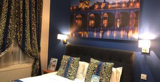 Hotel Kyriad Saumur - Saumur - Bedroom