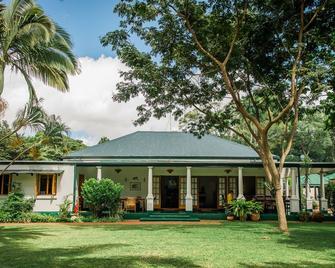 York Lodge - Harare - Building