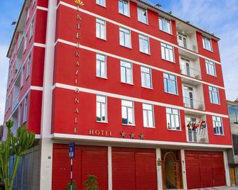 Internazionale Hotel Restaurant - Ayacucho - Edificio