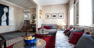 Albarnous Maison d'Hôtes - Tangier - Living room