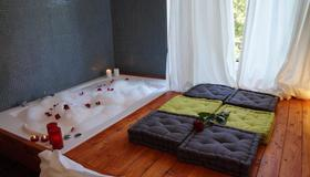 Jacuzzi Rooms - Rome - Property amenity