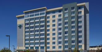 Homewood Suites by Hilton Calgary-Airport - Calgary