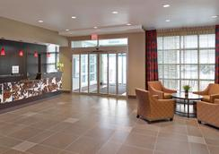 Homewood Suites by Hilton Calgary-Airport - Calgary - Aula