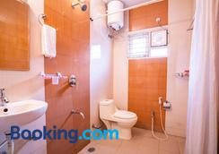 Blueberry Service Apartments - Hyderabad - Bathroom