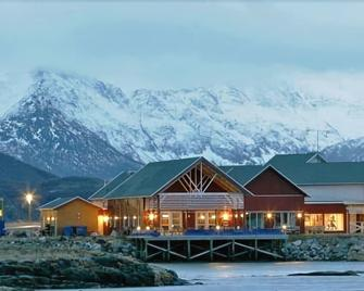 Sommarøy Arctic Hotel - Sommarøy - Building