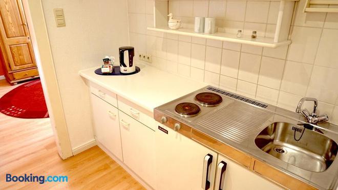 Hotel Alpha - Hannover - Kitchen