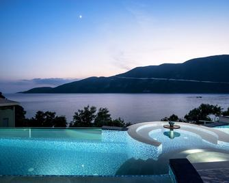 Sappho Boutique Suites - Vasiliki - Pool
