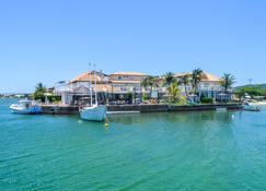 Residencial Portoveleiro - Cabo Frio - Budynek