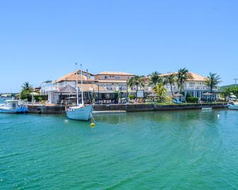 Hotel Residencial Portoveleiro - Cabo Frio - Building