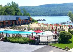 Scotty's Lakeside Resort - Lake George - Bygning