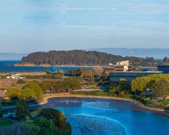 Hilton San Francisco Airport Bayfront - Burlingame - Edificio