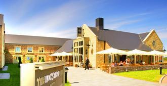 The Hog's Head Inn - Alnwick - Toà nhà