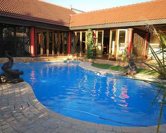 Midrand Conference Centre - Midrand - Pool