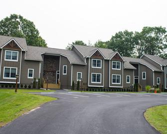 Woodloch Pines Resort - Hawley - Building