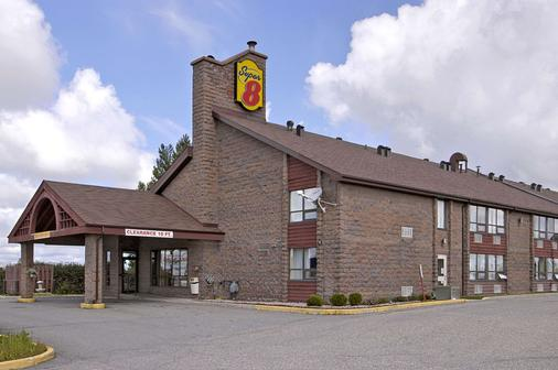 Super 8 by Wyndham Timmins ON - Timmins - Building
