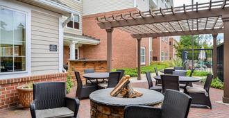 Residence Inn by Marriott Baltimore White Marsh - Baltimore - Patio