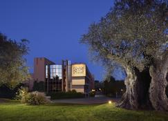 Four Points by Sheraton Siena - Siena - Building
