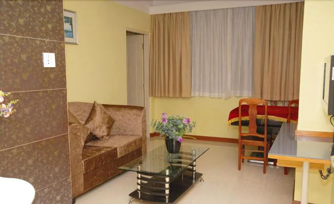 Home Club Hotel Pingan Branch - Quảng Châu - Phòng khách