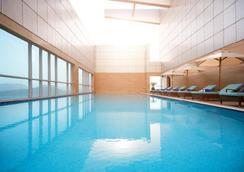 富查伊拉千禧大酒店 - 艾福加拉 - 富查伊拉 - 游泳池