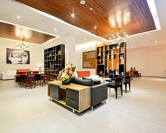 Treepark Hotel Banjarmasin - Banjarmasin - Lobby