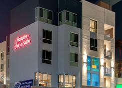 Hampton Inn & Suites Los Angeles - Glendale - Глендейл - Здание