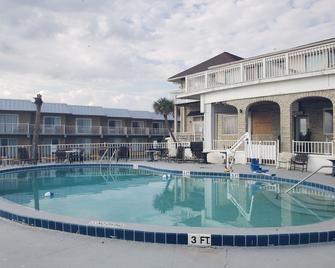 Topaz Motel / Hotel - Flagler Beach - Pool