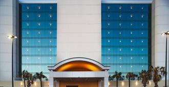 Holiday Inn Express & Suites Va Beach Oceanfront - Virginia Beach - Edifício