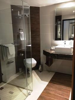 Premier Hotel Cape Town - Cape Town - Bathroom