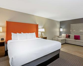 La Quinta Inn & Suites by Wyndham Seattle Federal Way - Federal Way - Schlafzimmer