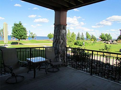 Canal Park Lodge - Duluth - Balcony