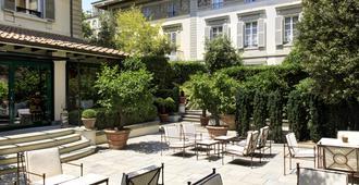 Hotel Regency - Florence - Patio