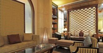 Grand Residency Hotel & Serviced Apartments - Mumbai - Lounge