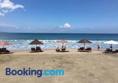 Exotica Bali Villa Bed and Breakfast - North Kuta - Beach