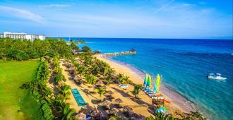 Hilton Rose Hall Resort & Spa - Montego Bay - Beach