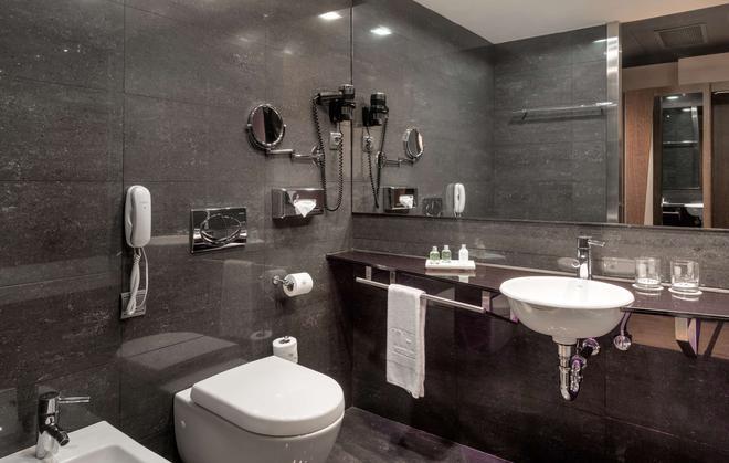 NH Madrid Las Tablas - Madri - Banheiro