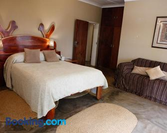Down Gran's Self-Catering Cottage - Manzini - Bedroom