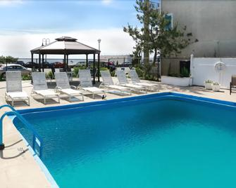 Mayfair Hotel - Belmar - Pool