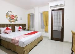 OYO 167 Dago's Hill Hotel - Bandung - Makuuhuone