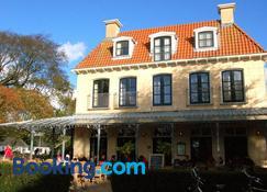Hotel Graaf Bernstorff - Schiermonnikoog - Edificio