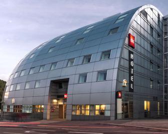 ibis Besançon La City - Besançon - Building