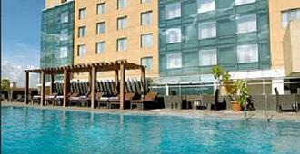 Royal Orchid Central Pune - פון