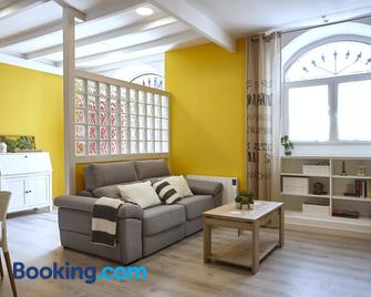 Tala Flat - Lekeitio - Living room