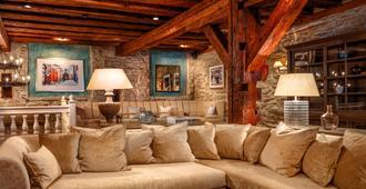 Schlossle Hotel - Tallinn - Living room