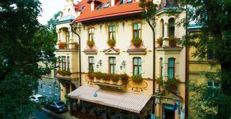 Chopin Hotel - Lviv - Building