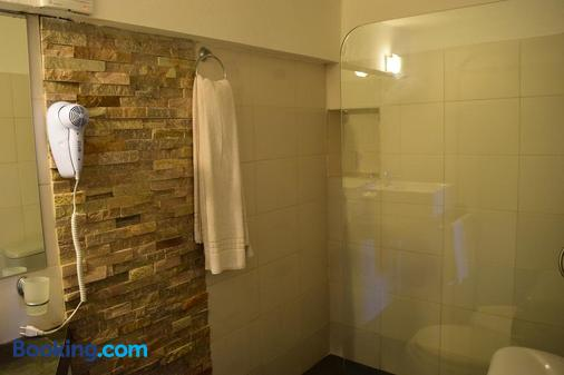 Apart Hotel Terrazas de San Francisco - Piriápolis - Bathroom