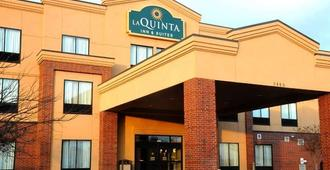 La Quinta Inn & Suites by Wyndham Springfield Airport Plaza - Спрингфилд
