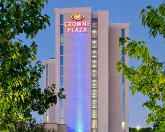Crowne Plaza Chicago O'Hare Hotel & Conference Center - Rosemont - Gebäude