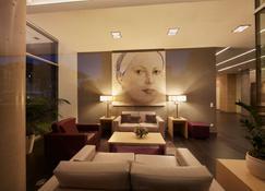 Ghotel Hotel & Living Koblenz - Koblenz - Lounge