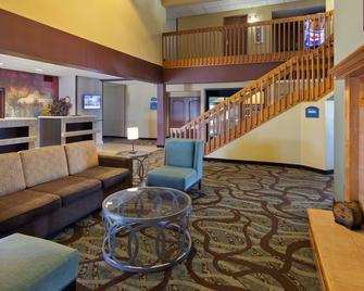 Best Western Holiday Manor - Newton - Lobby