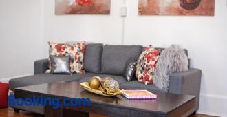 Downtown Memphis Shellcrest Apartments - Memphis - Phòng khách